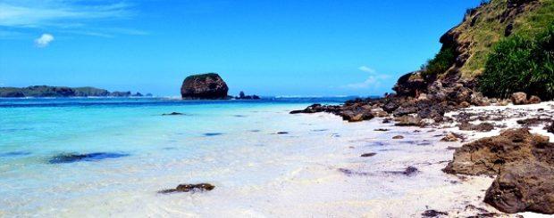 Paket Tour Lombok Halal Gili Trawangan wisata pantai kuta lombok